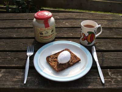 The perfect poached egg for breakfast