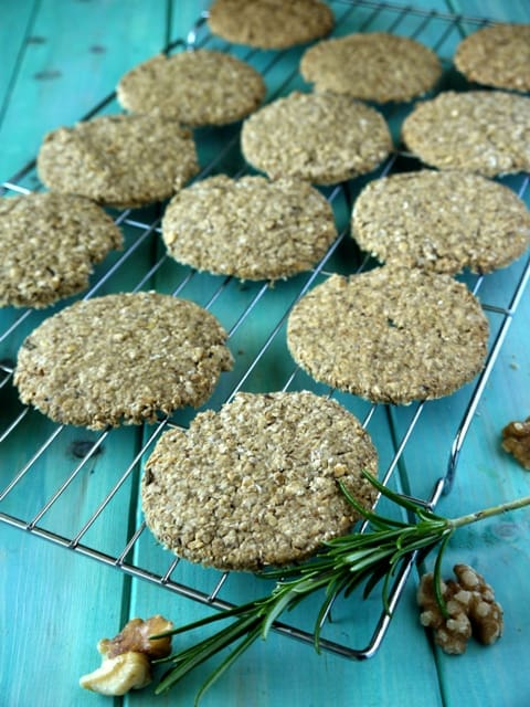walnut and rosemary oat cakes lw