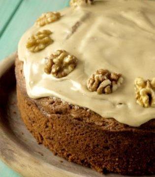 Coffee and walnut cake