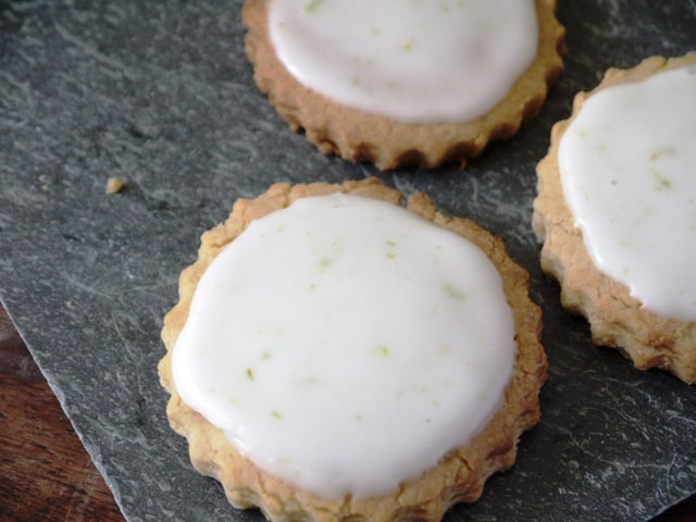 spicy ginger cookies with tart lime icing
