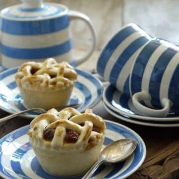 Mini Apple and Sultana Pies