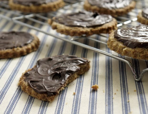 Recipe for Plain Chocolate Digestives