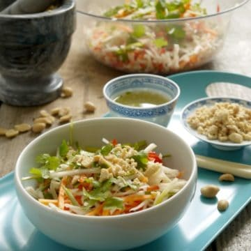 Crunchy Thai Salad with Peanuts & Dressing