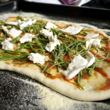 Samphire and Goats Cheese Pizza - The Hedgecombers