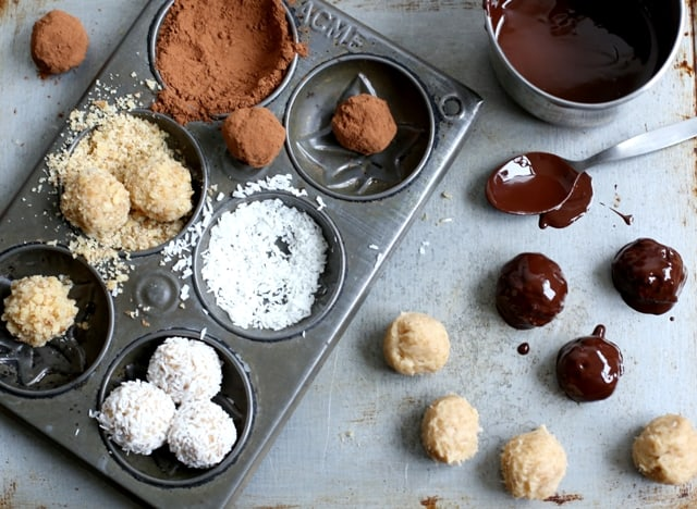 Cookie Dough Truffles | The Hedgecombers