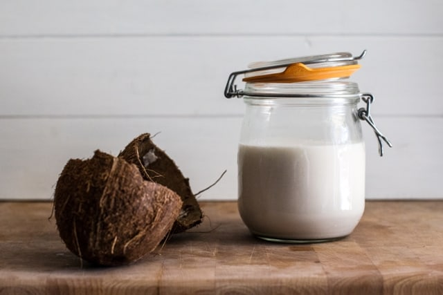 How to Make Coconut Milk | The Hedgecombers