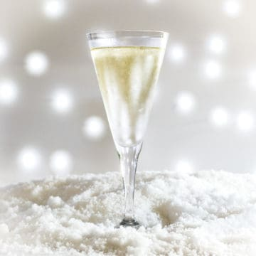 Cocktail in glass with frosty, sparkly background