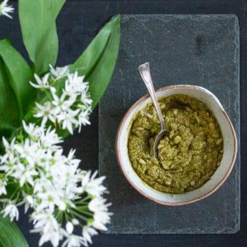 Ramsons Pesto Recipe – Easy Wild Garlic Recipes