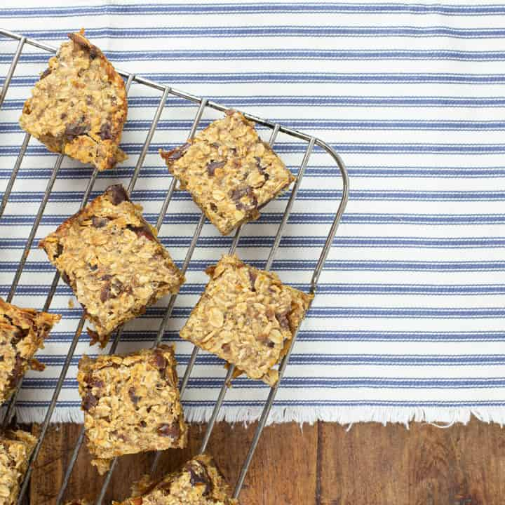 healthy flapjacks made with banana and dates on a metal cooling rack